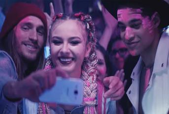 Natalia Nykiel w reklamie T-Mobile na kartę