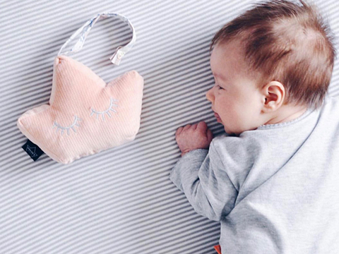 Grzechotka Baby Crown Velvet