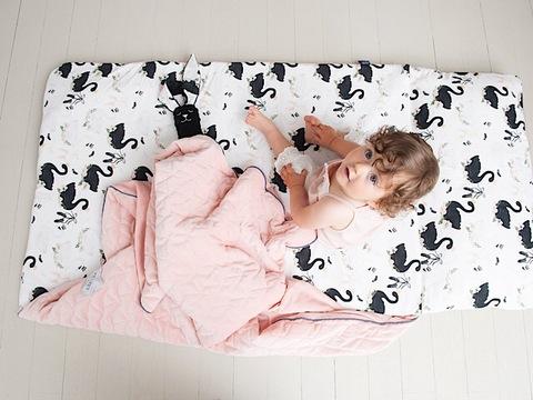 Velvet Nap Mat Candy - wielofunkcyjna mata do spania